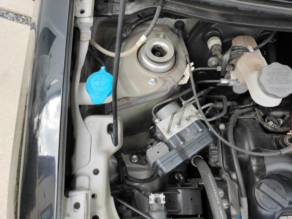 軽自動車車検のエンジンルームチェック
