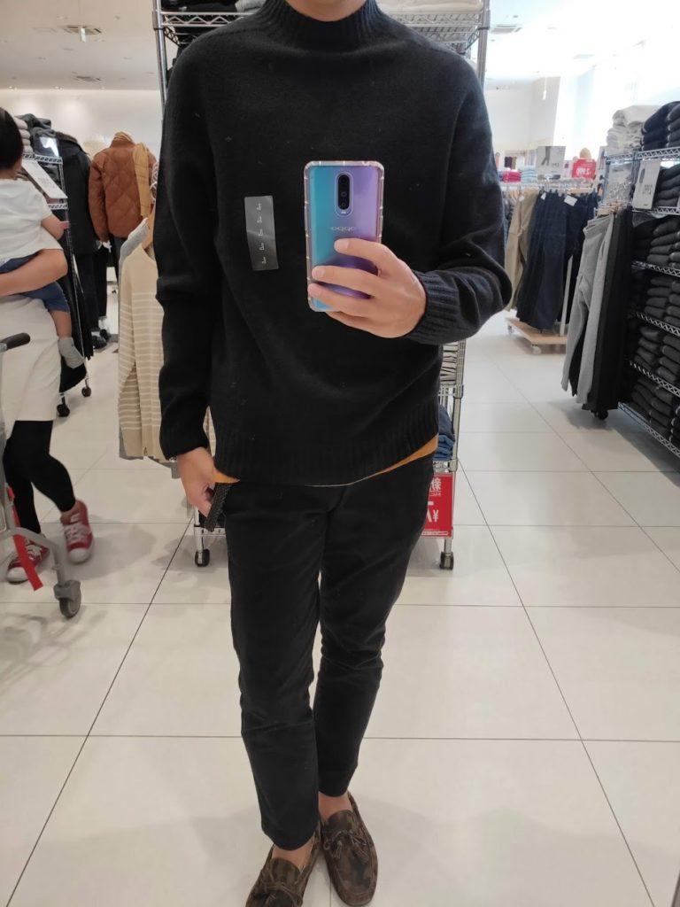 ユニクロU3DモックネックセーターのブラックサイズL前