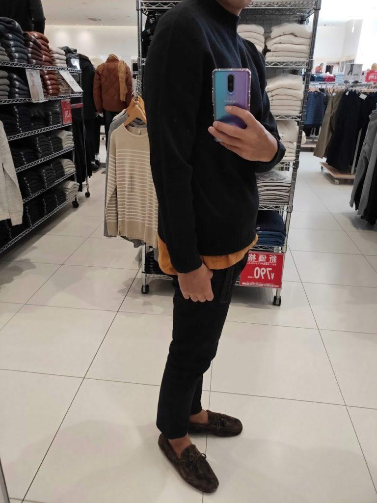 ユニクロU3DモックネックセーターのブラックサイズM横