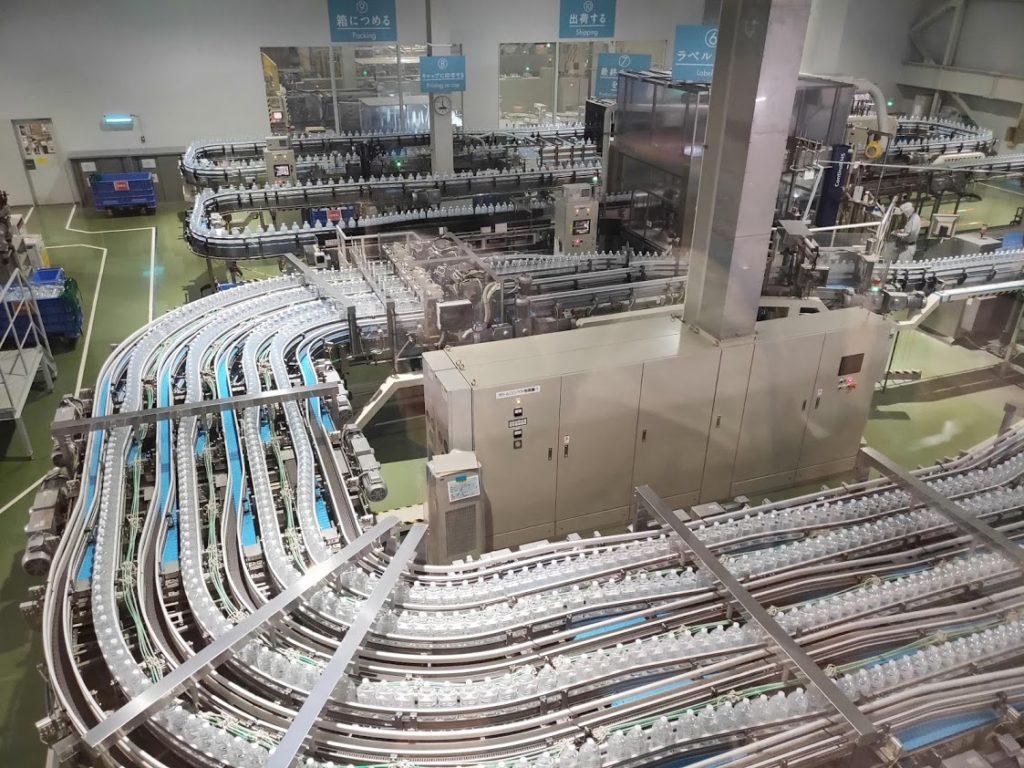 サントリー工場見学たくさんのボトル