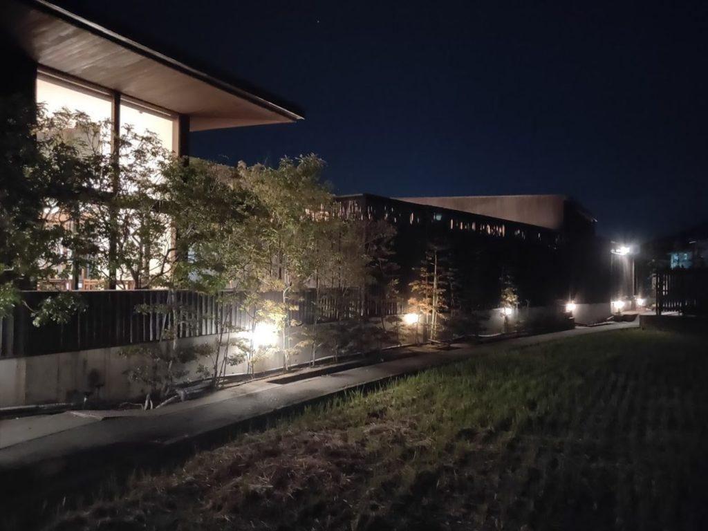 仏生山温泉の夜景