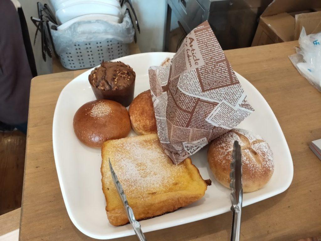 パパンで購入したパン