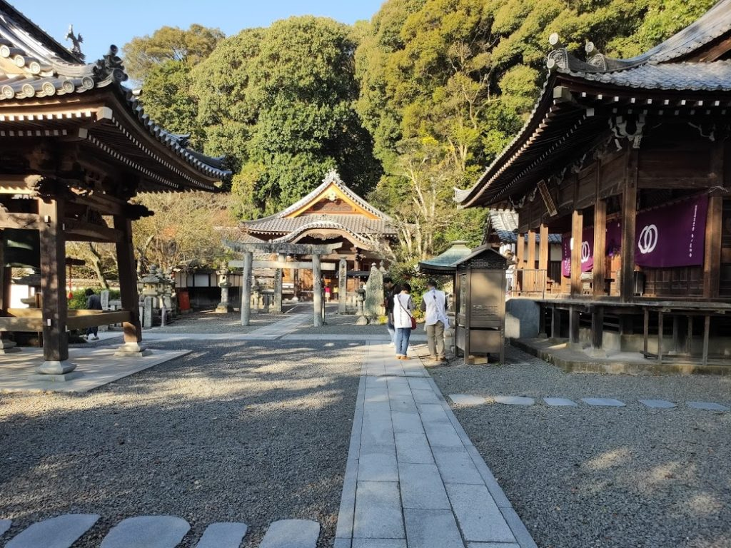 50番繁多寺のお寺の景色