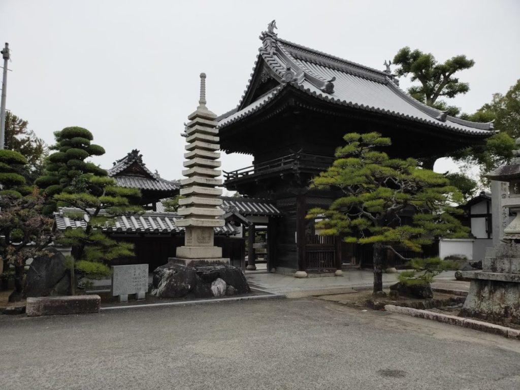 48番西林寺の外観