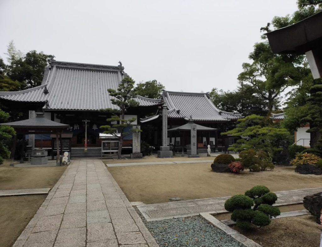 48番西林寺のお寺の景色