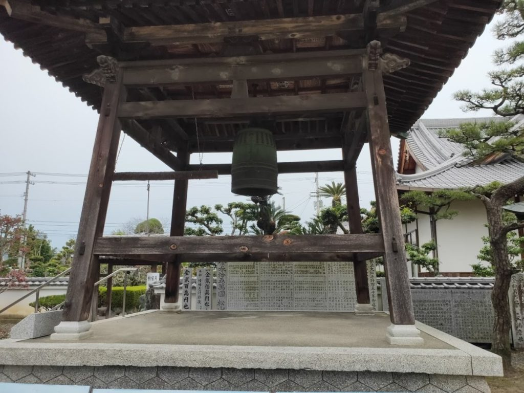48番西林寺の鐘楼