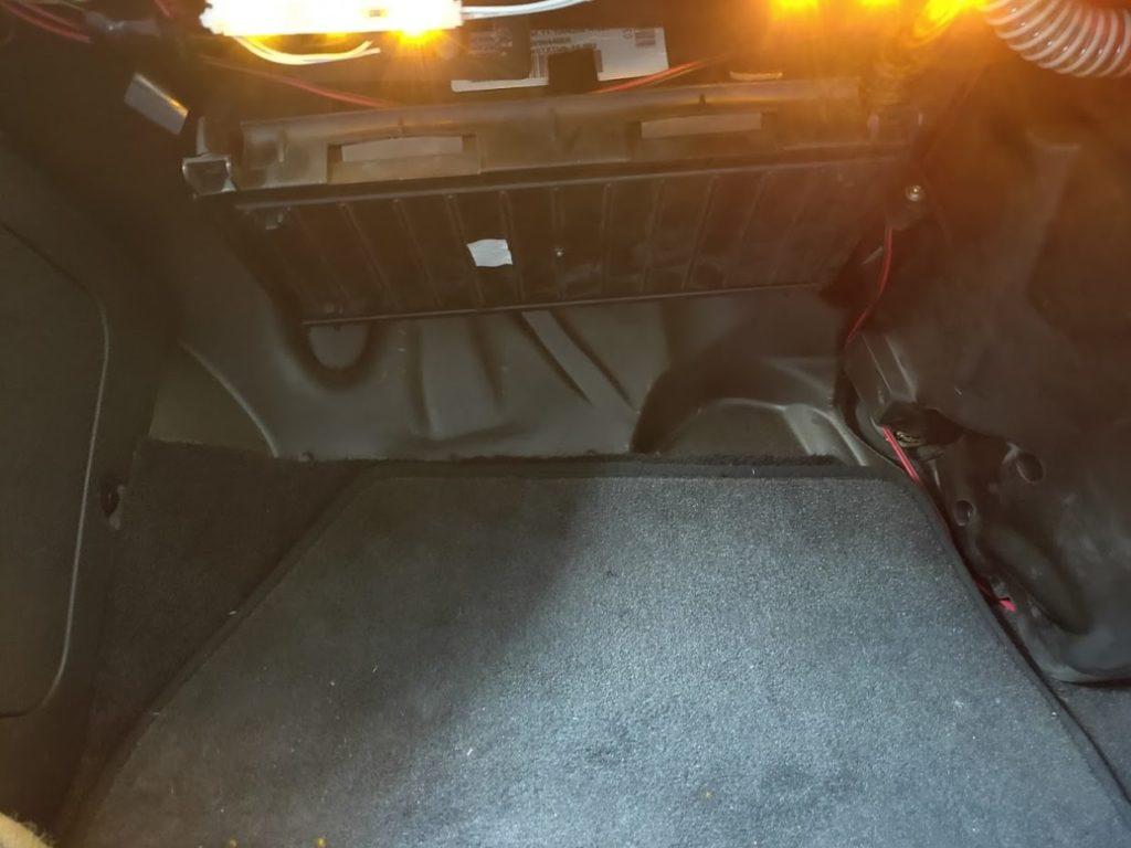BMWMINIR53のエアコンフィルターの交換完了