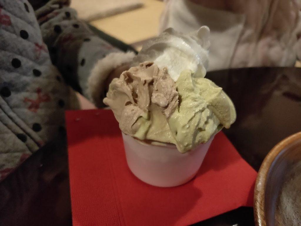 ペロで注文したアイスクリーム1