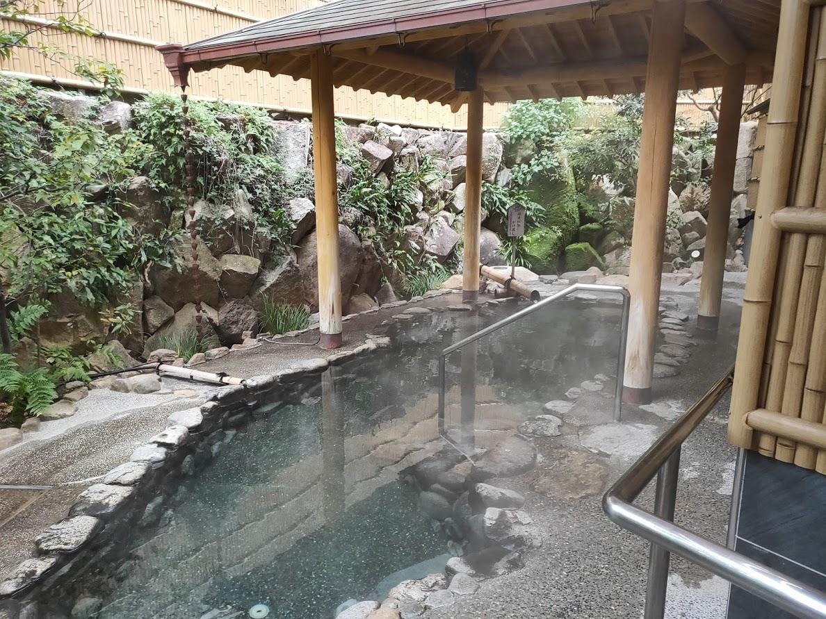 ユウベルホテル松政の外湯1