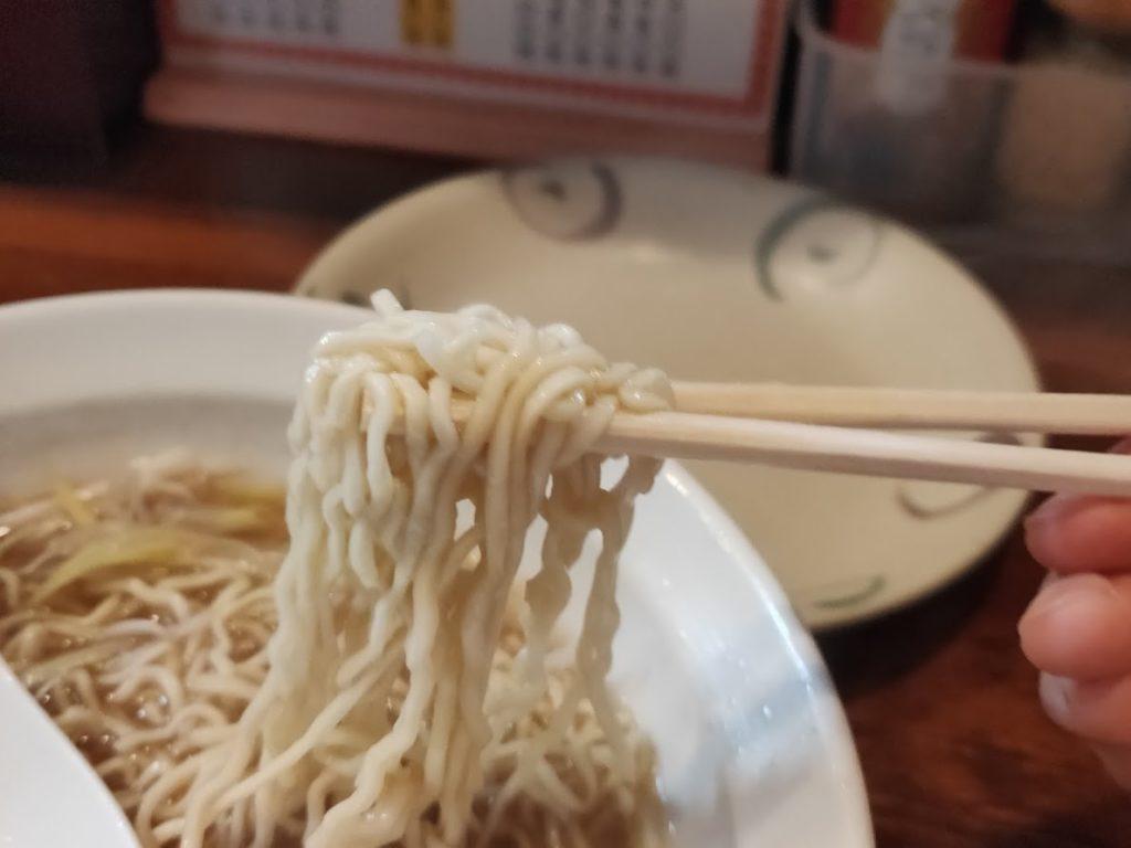 中華そば今里のラーメンを食べる3