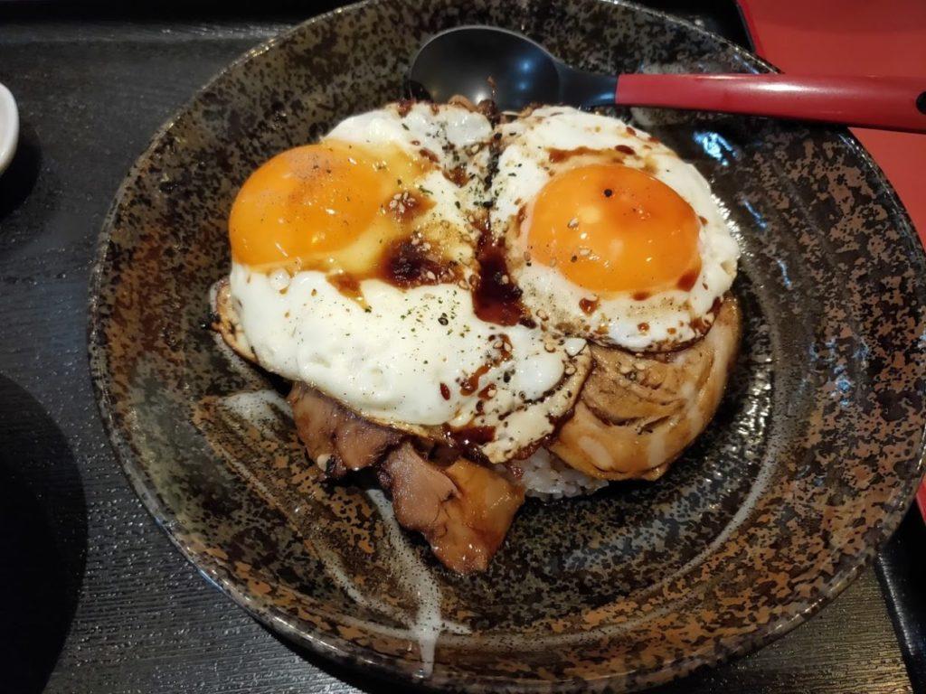 菜めんの玉子飯とラーメン2