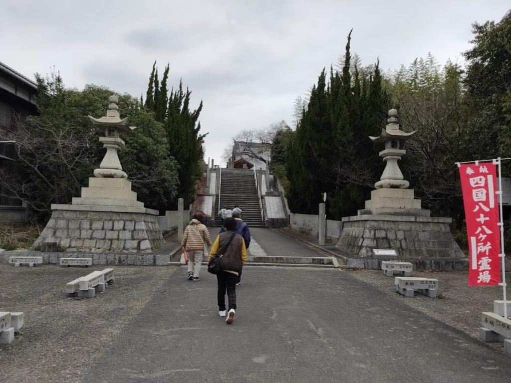 59番国分寺に行く道
