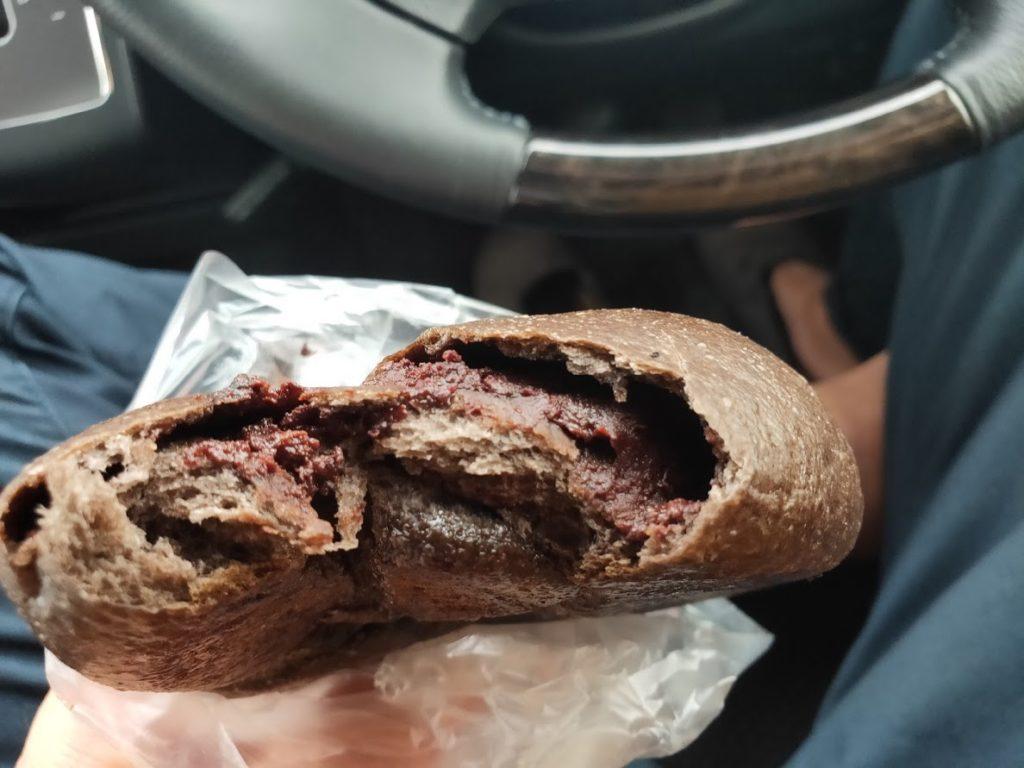 尾道パンや航路のパンを食べる3