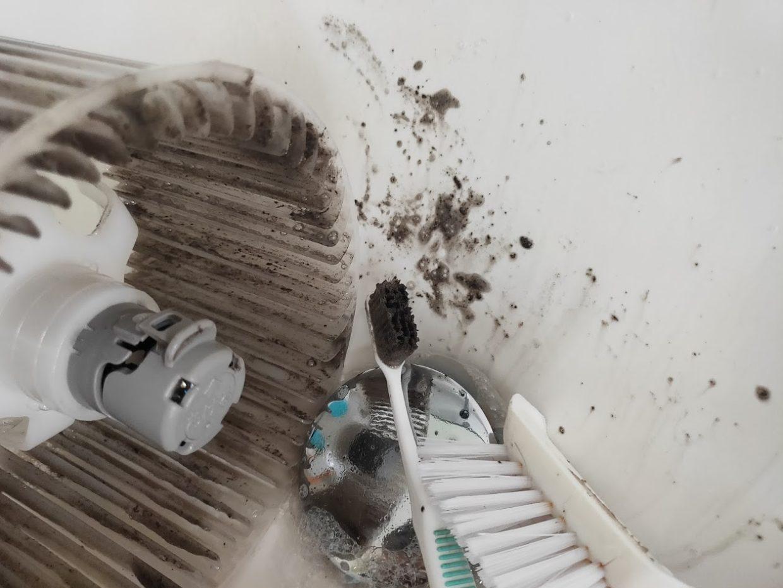 バスルーム換気扇清掃3