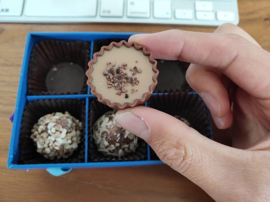 ラムールのチョコのカップチョコ