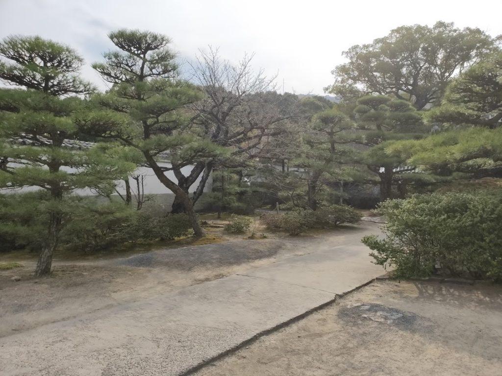 79番天皇寺の庭