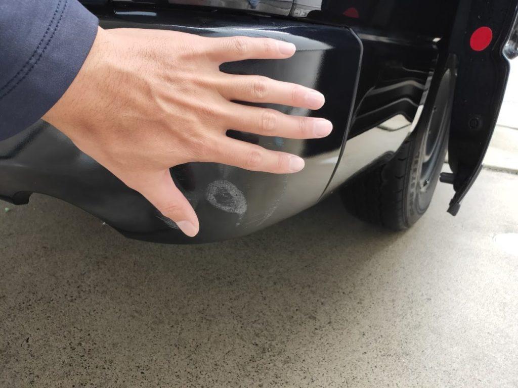 ハイエースの車体の傷4
