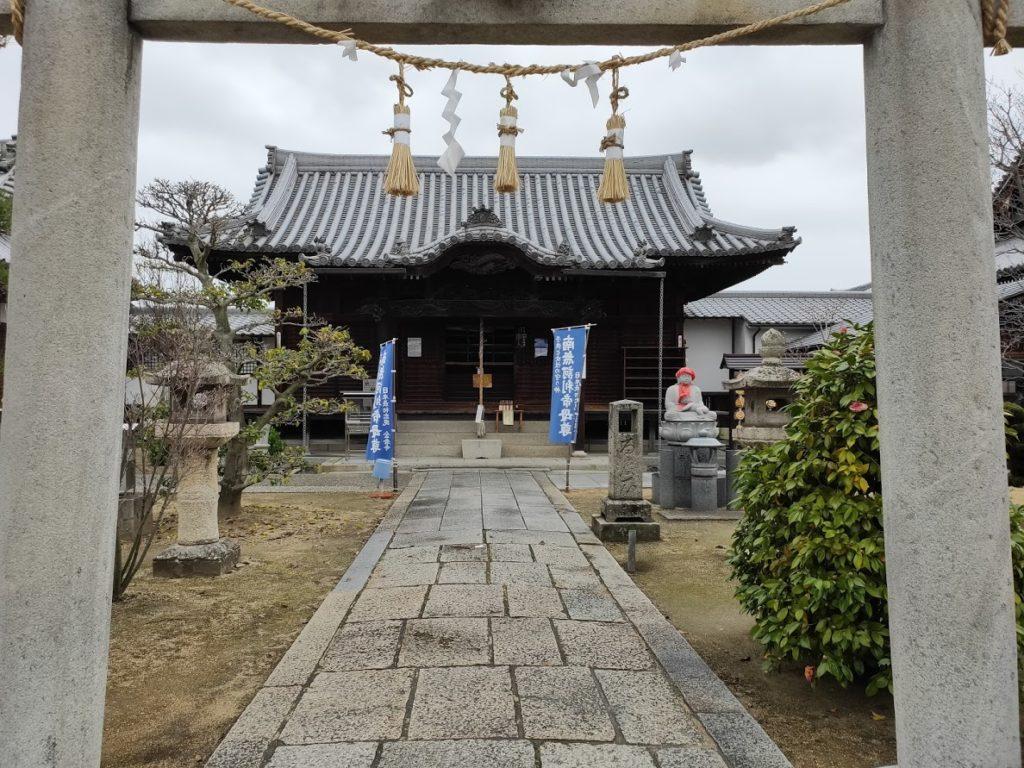 76番金倉寺の訶利帝堂