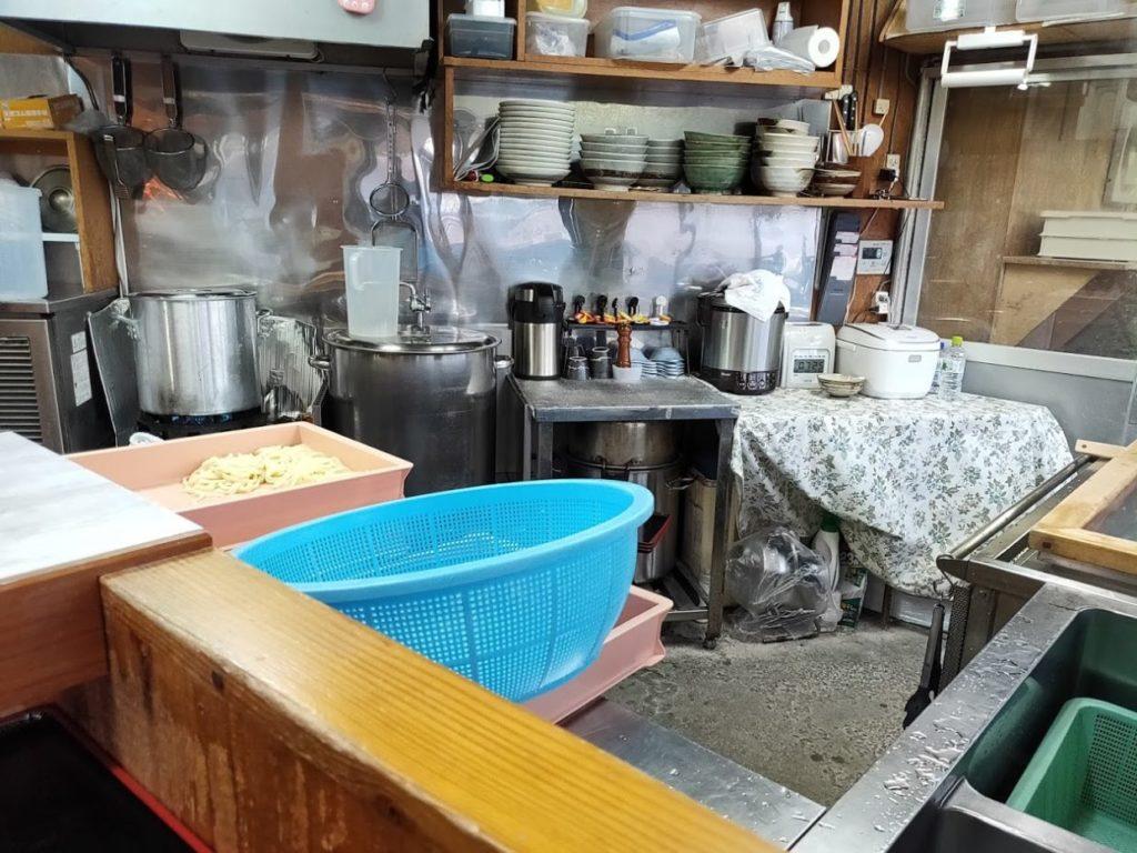 元祖鳥越製麺所の料理場所