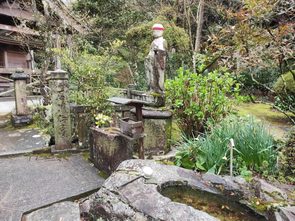 65番三角寺のお地蔵様