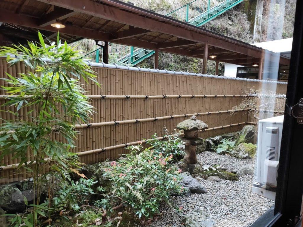 新祖谷温泉ホテルかずら橋の部屋の外