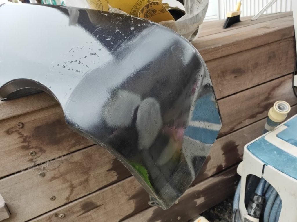 ハイエース修理サンドペーパー240で削る1