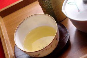 極上煎茶 月の雫(800円)