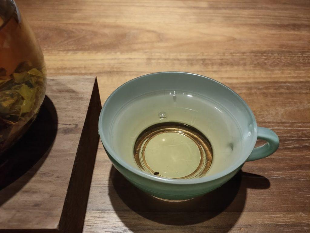 ジャスミン茶最初の1杯