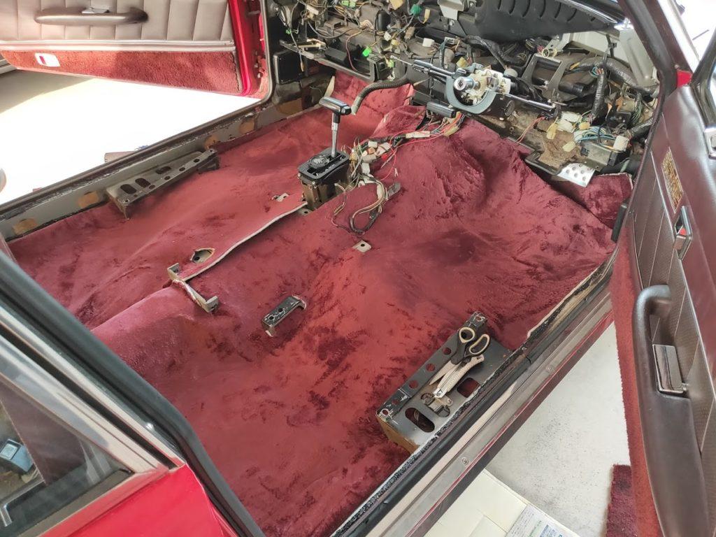 117クーペの新しいカーペット床だけ1