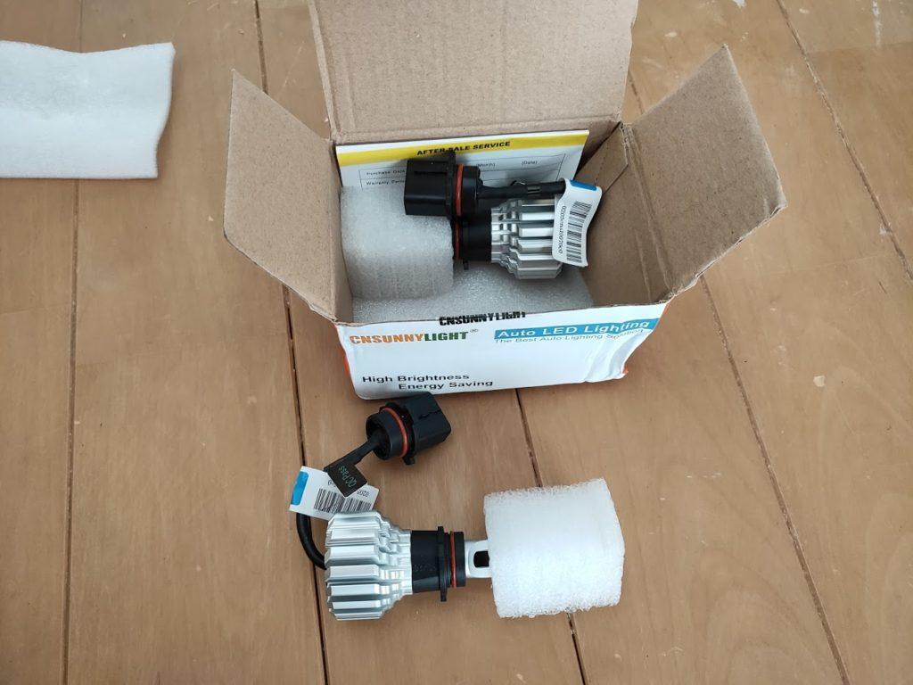 ハイエースポジションランプの新しいランプが届いた2