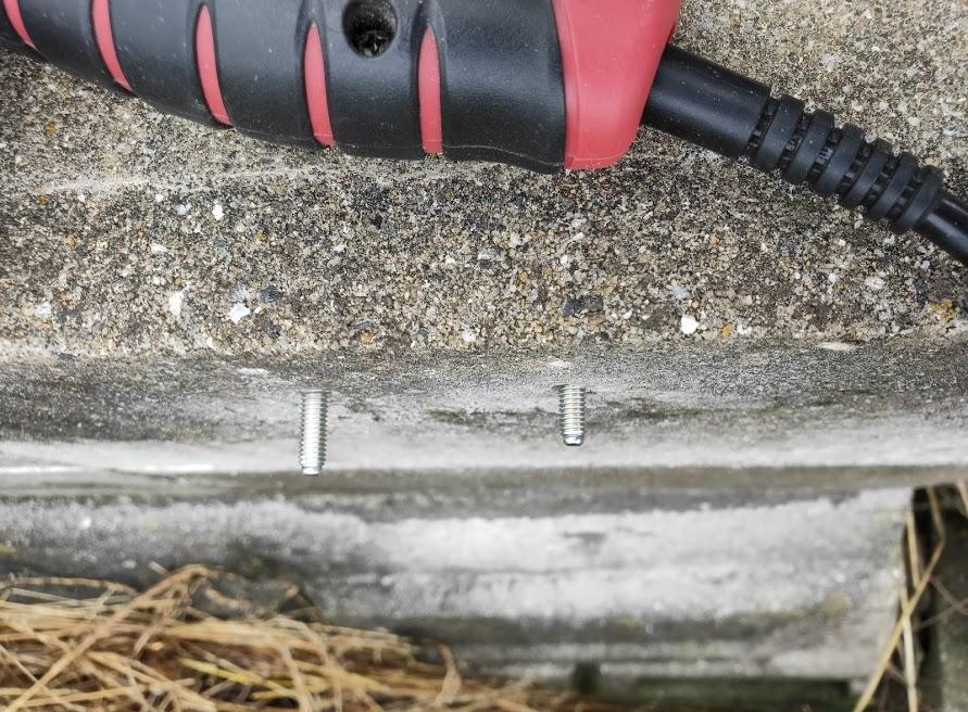 家庭用タープ取付2箇所目の設置場所金具取付4