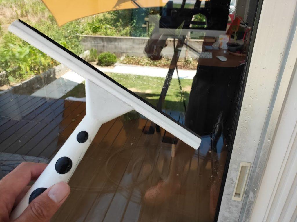 ケルヒャーK3サイレントと窓用ブラシ