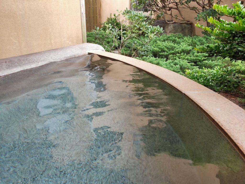 皆生温泉白扇の露天風呂の通常のお湯1