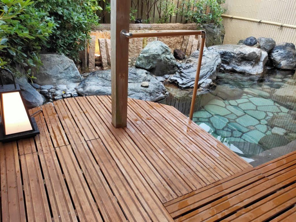 皆生温泉白扇の露天風呂の源泉1