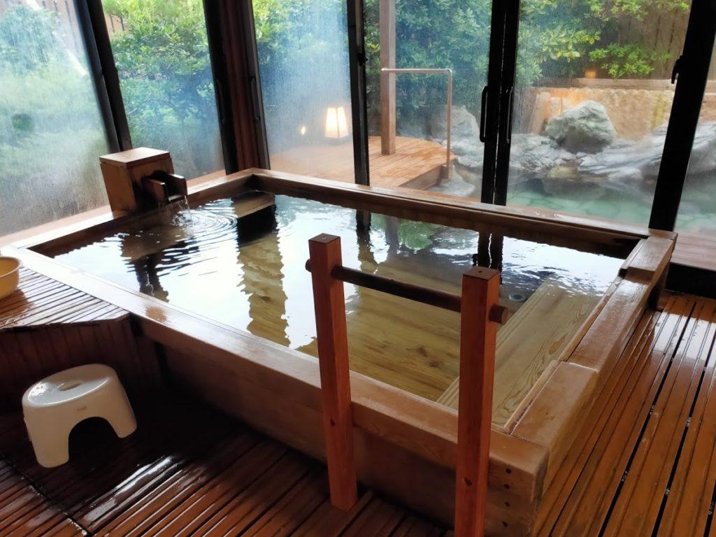 皆生温泉白扇の露天風呂の通常のお湯3