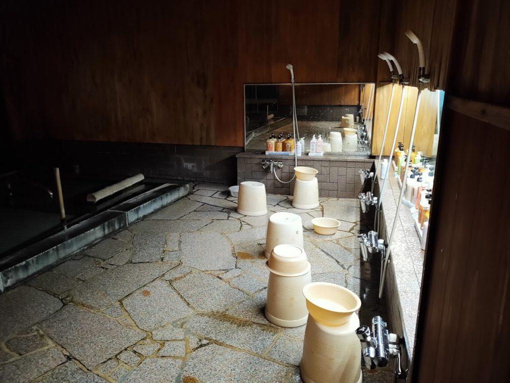 皆生温泉白扇の内湯洗い場