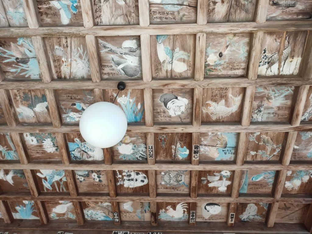 43番明石寺の本堂の天井壁画