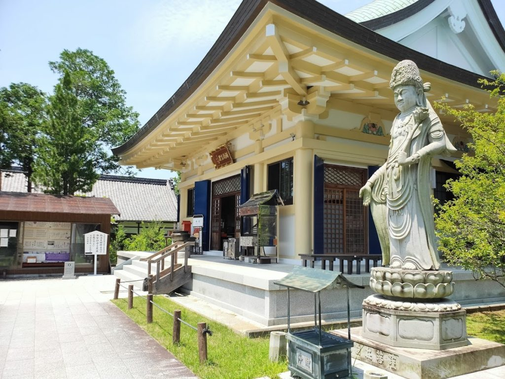 40番観自在寺の本堂