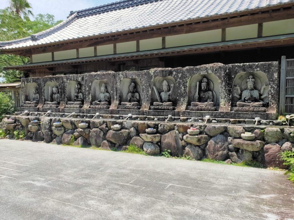 40番観自在寺の手水場