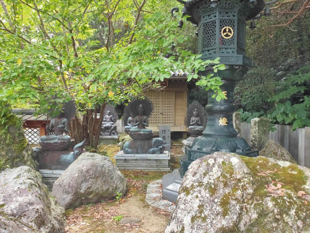 38番金剛福寺の銅像