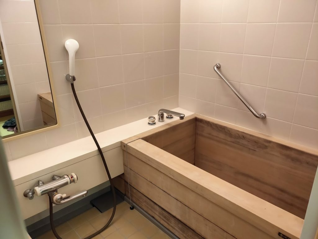 道後温泉ふなやの部屋風呂