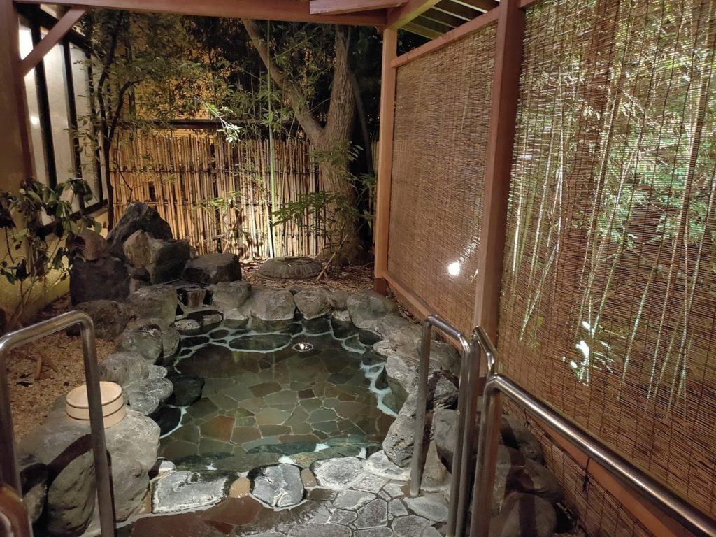 道後温泉ふなやの露天風呂2
