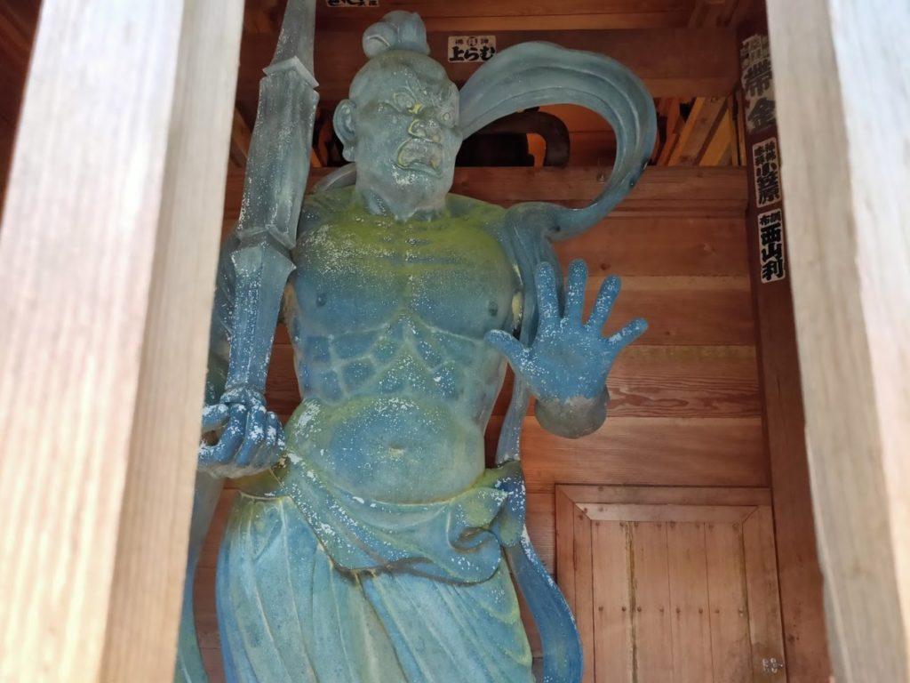 24番最御崎寺の裏側の仁王