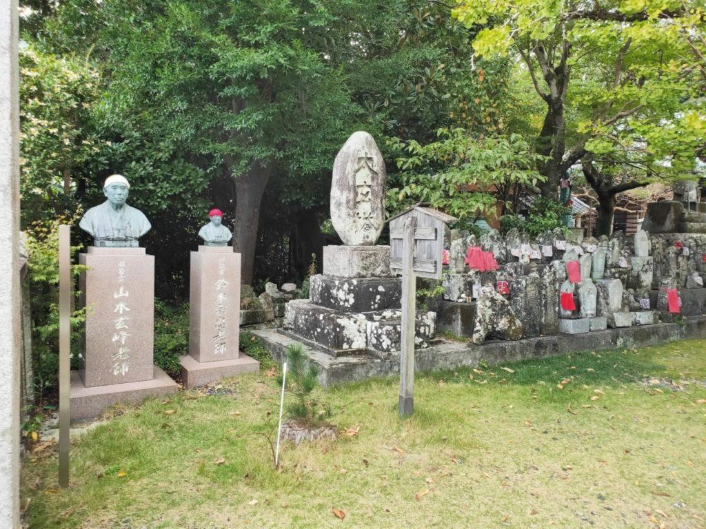 33番雪蹊寺の仏像