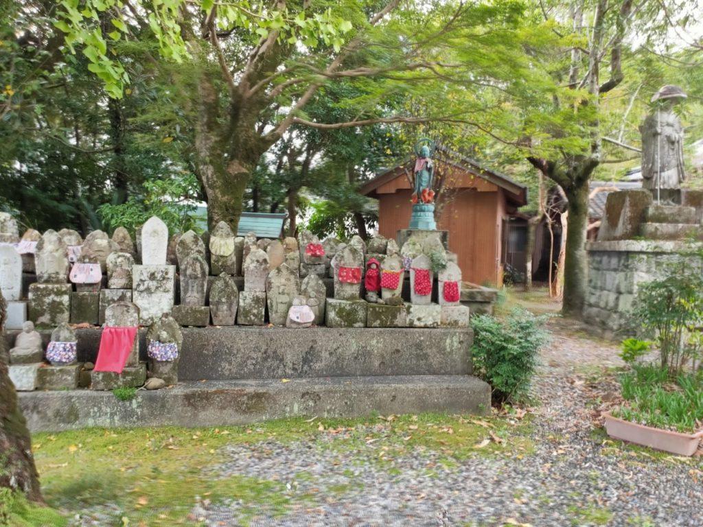 33番雪蹊寺の水子地蔵
