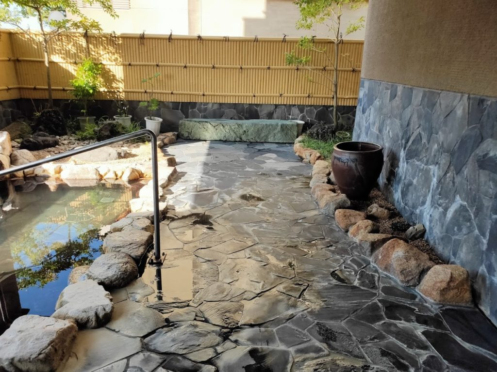 三翠園の温泉8