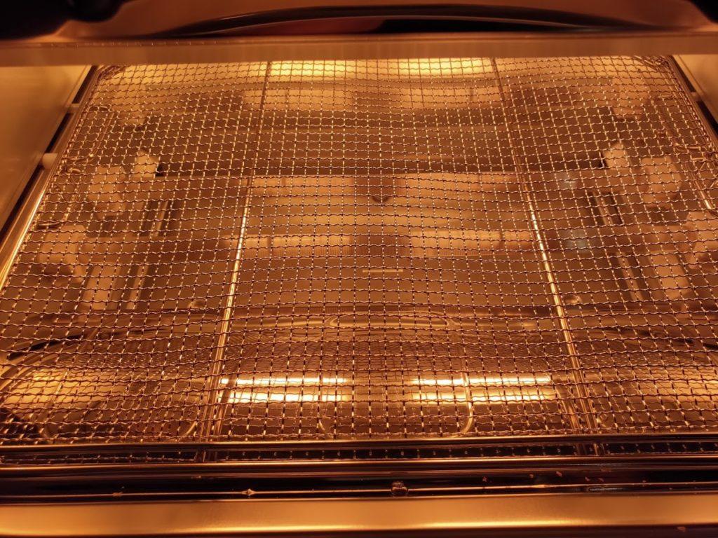 アラジントースターの内側の画像