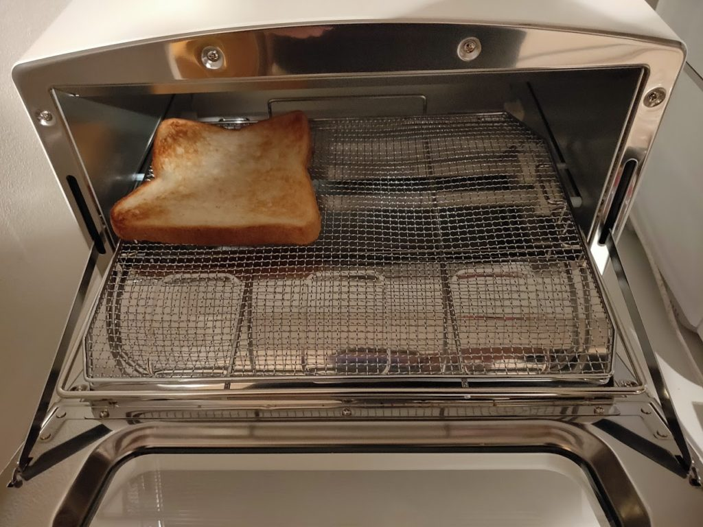 アラジントースターでパンを焼く画像6