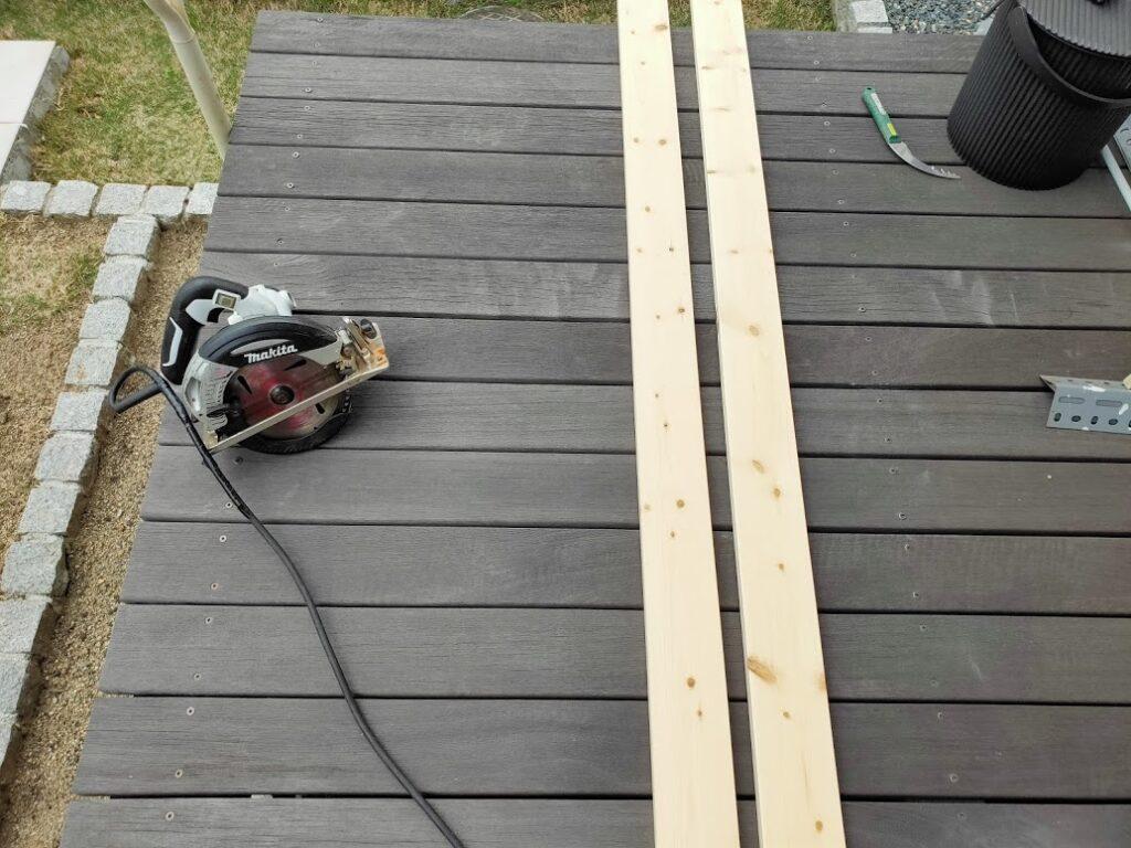 2×4木材壁アジャスターのDIY1