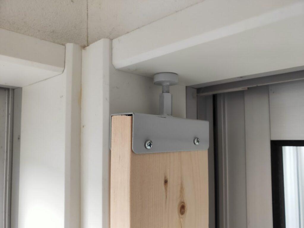 2×4木材壁アジャスターのDIY8